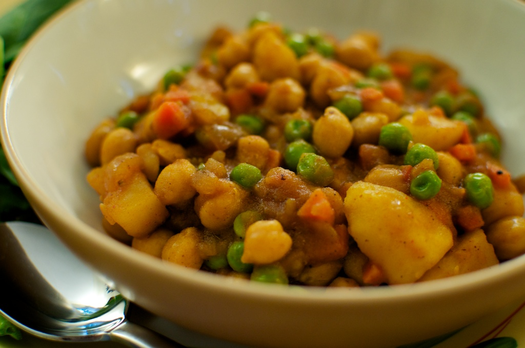 Yeshiro Wat (Spicy Chickpea Stew)